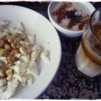 Já tinha saudade do galao fit (leite soja + cafe) tao boom <3