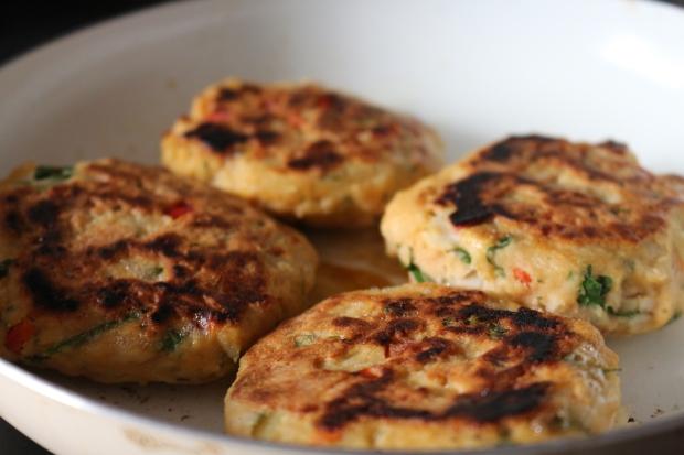 marmitas_meal_prep_joanabbl_raparigamoderna_saudaveis_basmati_integral_ervilhas_hamburguer_peixe (11)