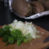 Cebola +cebolinho +batata doce assada no forno
