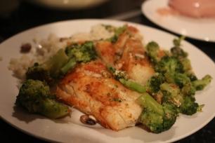 Peixe, arroz e brocolos Rapariga moderna - Joana banana blog