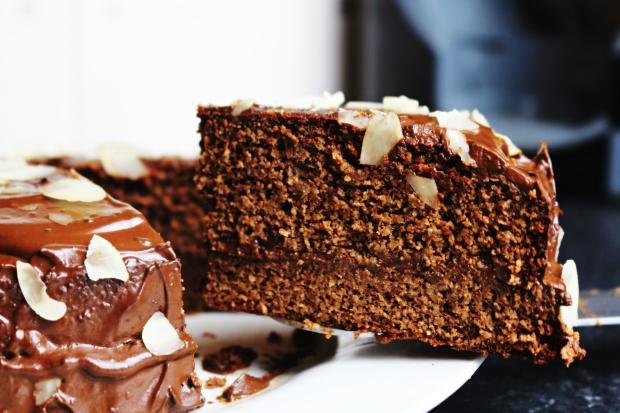 bolo de chocolate saudavel sem gluten sem lactose bolo coberto chocolate joanabbl video youtube raparigamoderna bolo fitIMG_0058.JPG