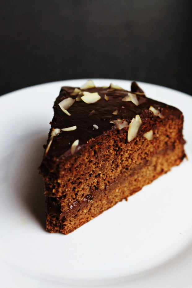 bolo de chocolate saudavel sem gluten sem lactose bolo coberto chocolate joanabbl video youtube raparigamoderna bolo fitIMG_0079